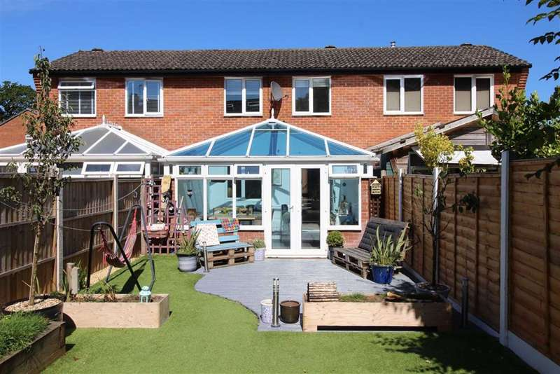 2 Bedrooms Terraced House for sale in Hordle, Hampshire