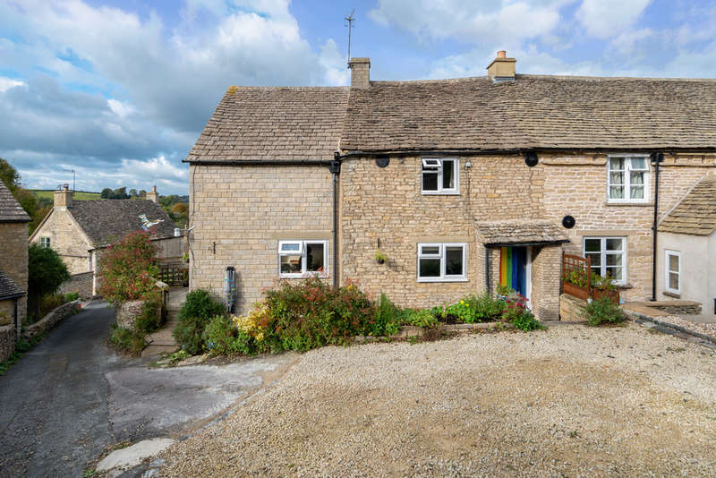 2 Bedrooms Cottage House for sale in Pound Hill, Avening