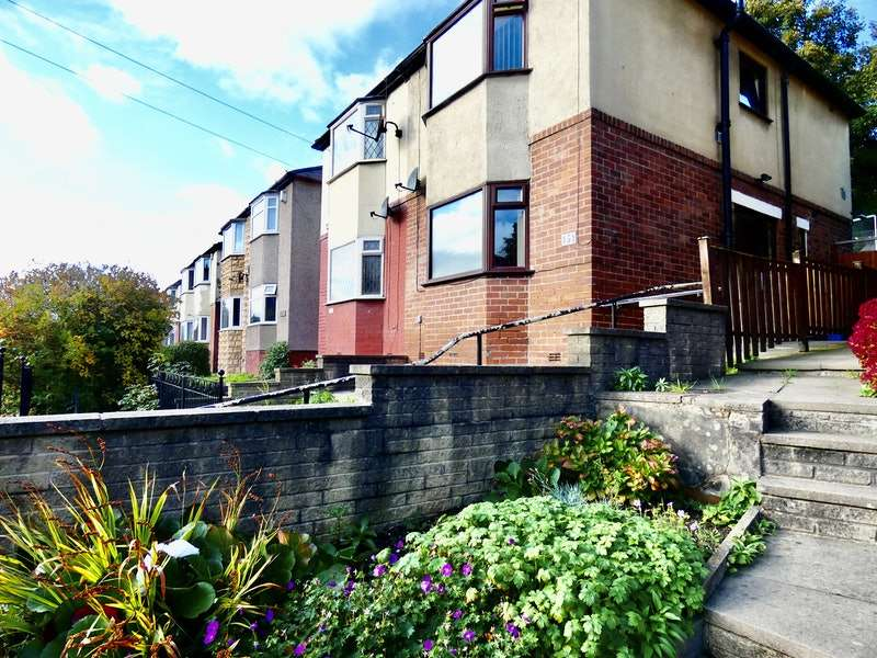 3 Bedrooms Semi Detached House for sale in Firth Park Road, Sheffield, South Yorkshire, S5