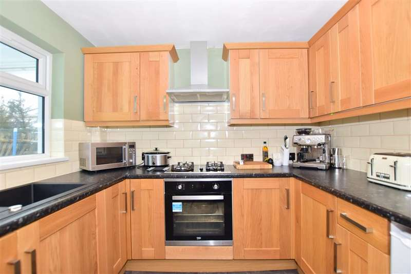 3 Bedrooms Semi Detached House for sale in Maidstone Road, , Wigmore, Gillingham, Kent