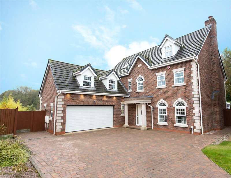 5 Bedrooms Detached House for sale in Rowton Rise, Standish, Wigan, WN1