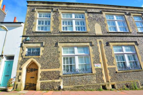 2 Bedrooms Flat for rent in 45a Borough Street , Brighton, BN1