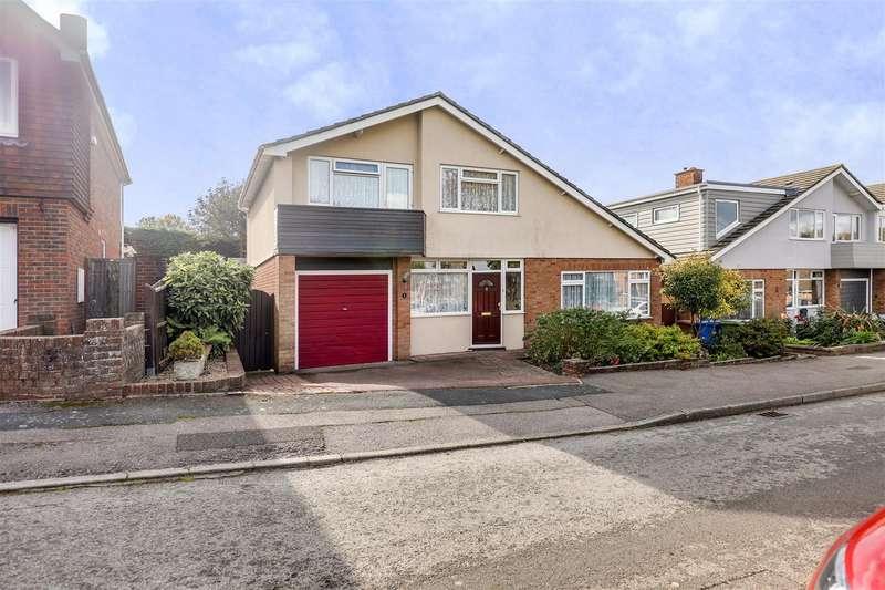 3 Bedrooms Detached House for sale in Tavistock Close, Sittingbourne