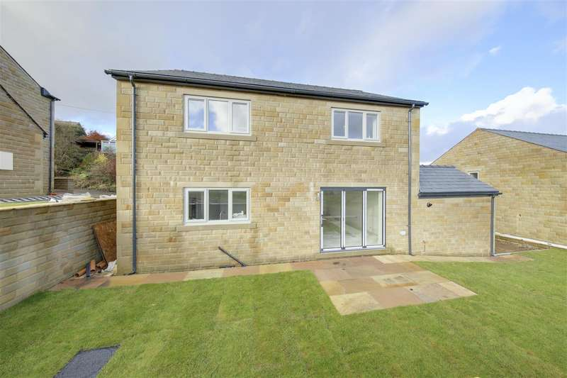4 Bedrooms Detached House for rent in Burnley Road, Weir, Bacup, Rossendale