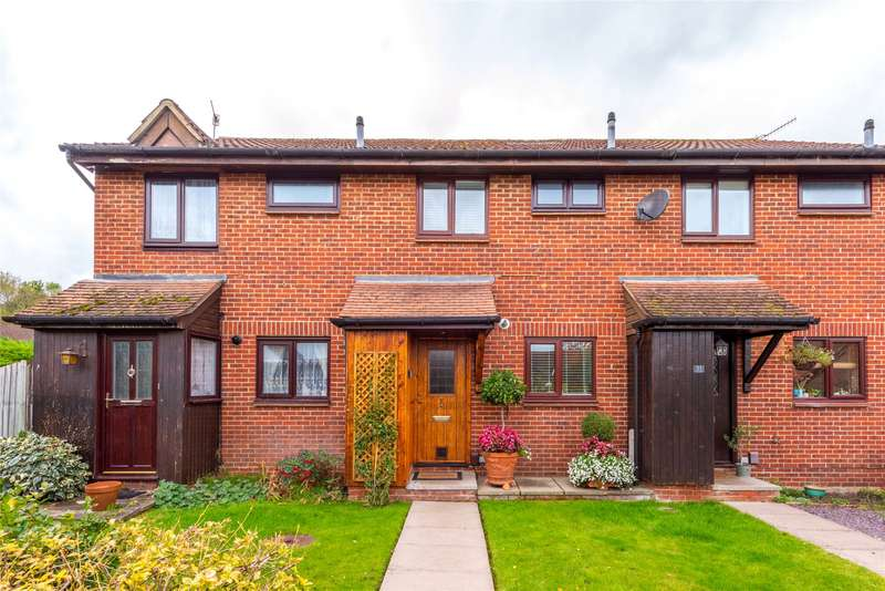 2 Bedrooms Terraced House for sale in Treelands, North Holmwood, Dorking, Surrey, RH5