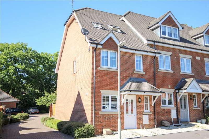 3 Bedrooms End Of Terrace House for sale in Hawthorn Way, Lindford, Bordon, Hampshire, GU35