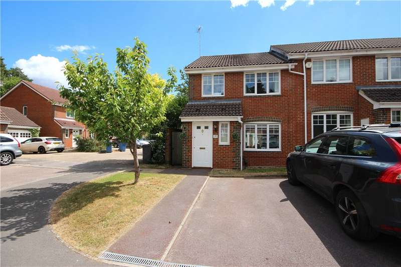 3 Bedrooms End Of Terrace House for sale in Ramsdell Road, Fleet, Hampshire, GU51