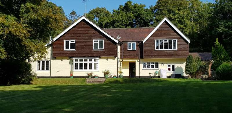 9 Bedrooms Detached House for sale in Poulner Hill, Poulner, Ringwood, Hampshire, BH24