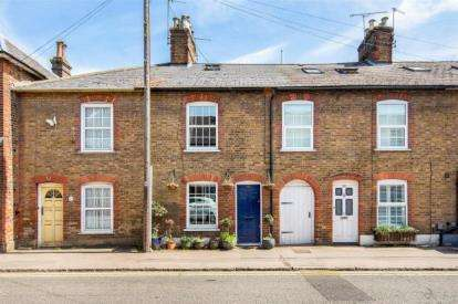 4 Bedrooms Terraced House for sale in High Street, Northchurch, Berkhamsted, Hertfordshire