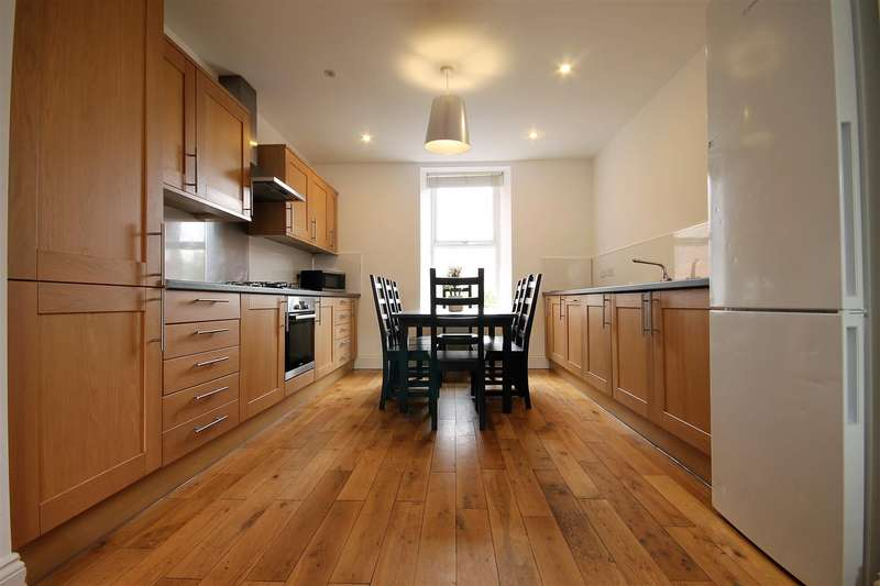 7 Bedrooms Maisonette Flat for rent in Sunbury Avenue, Jesmond