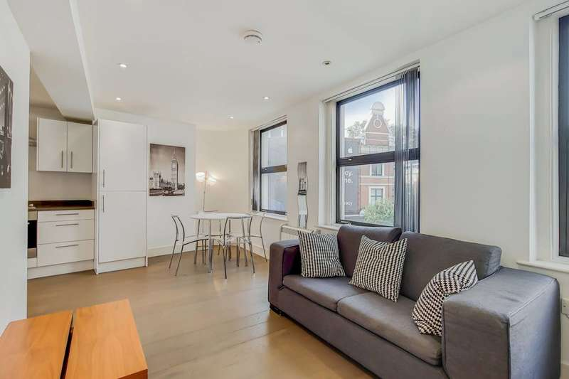 2 Bedrooms Flat for rent in Old Street, Shoreditch, EC1V