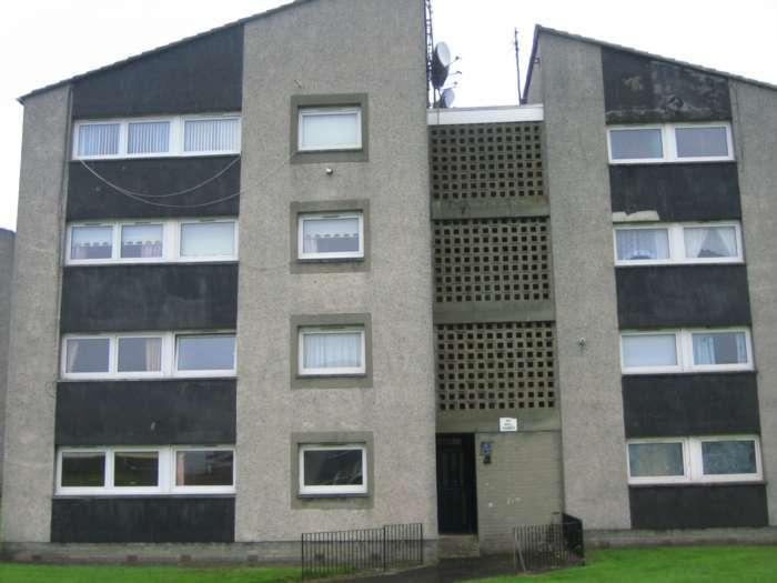 2 Bedrooms Flat for rent in Western Avenue, Rutherglen