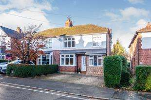 3 Bedrooms Semi Detached House for sale in Ashley Gardens, Rusthall, Tunbridge Wells, Kent