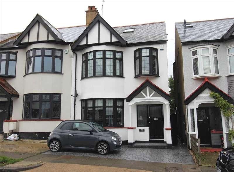 4 Bedrooms End Of Terrace House for sale in Leigh on Sea