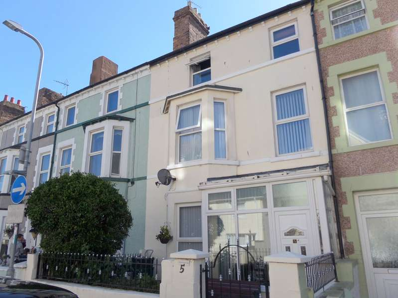 6 Bedrooms Terraced House for sale in Clifton Road, Llandudno, Conwy, LL30