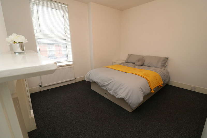 5 Bedrooms House Share for rent in Holland Road, Maidstone
