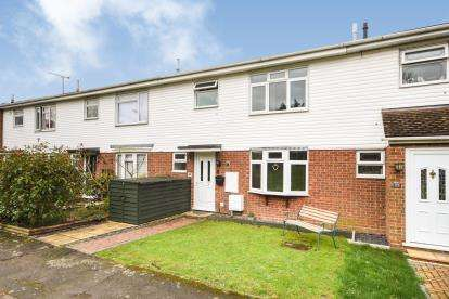 3 Bedrooms Terraced House for sale in Canewdon, Rochford, Essex