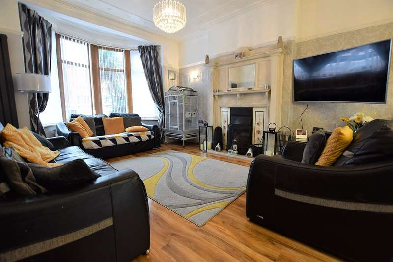 4 Bedrooms Detached House for sale in Hampton Road, Blackpool