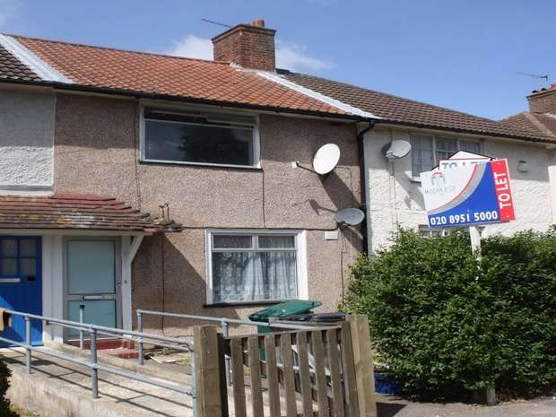 2 Bedrooms Terraced House for rent in Wolsey Grove, EDGWARE, Middlesex, UK