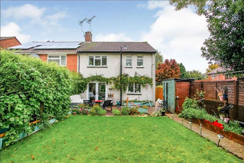 3 Bedrooms Semi Detached House for sale in Ivinghoe Close, Watford