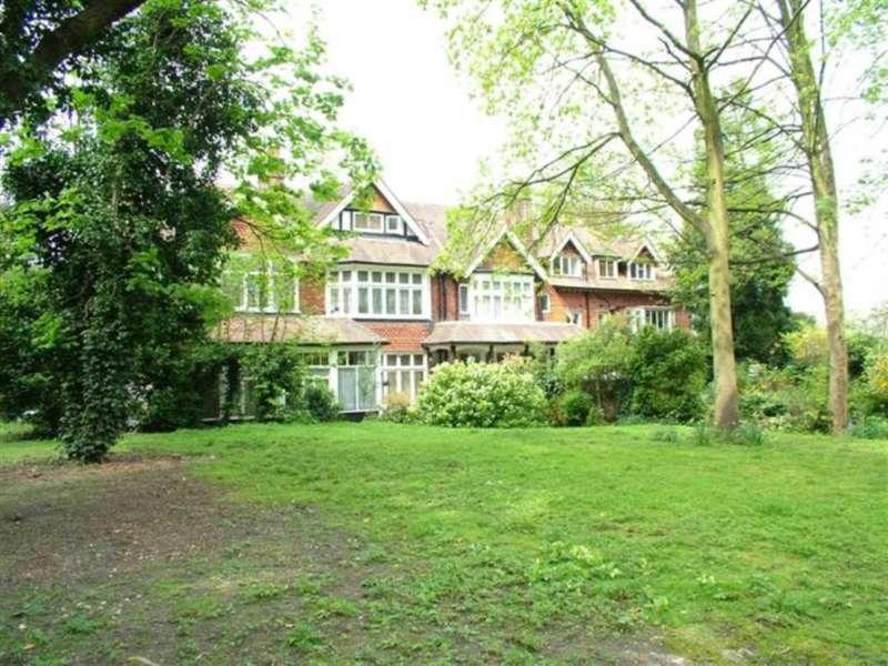 1 Bedroom Maisonette Flat for rent in Downs Avenue, Epsom, KT18 5HL