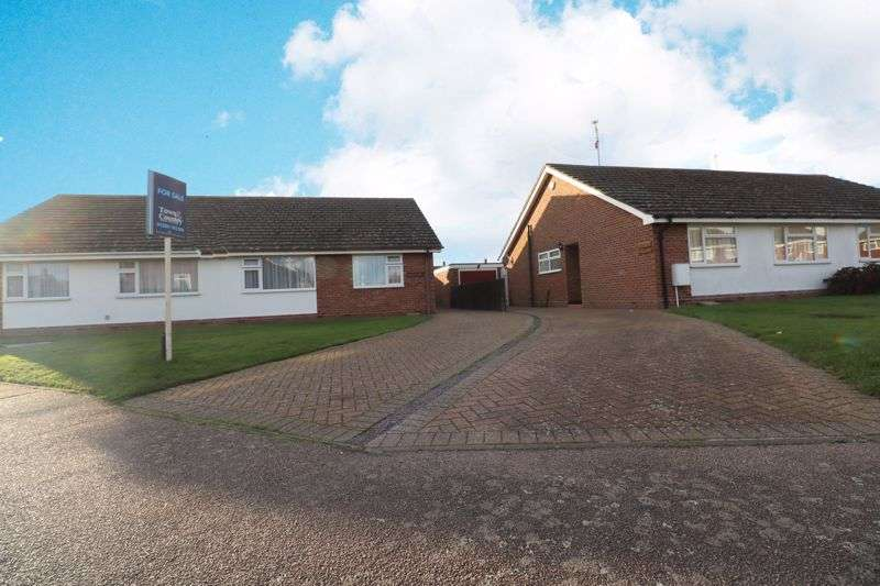 2 Bedrooms Property for sale in Larkfield Road, Colchester