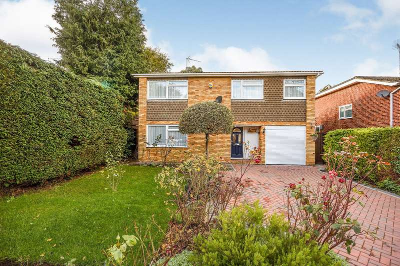 3 Bedrooms Detached House for sale in Chapman Avenue, Maidstone, Kent, ME15
