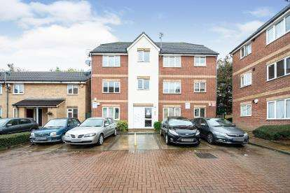 1 Bedroom Flat for sale in Goodmayes, Ilford, London
