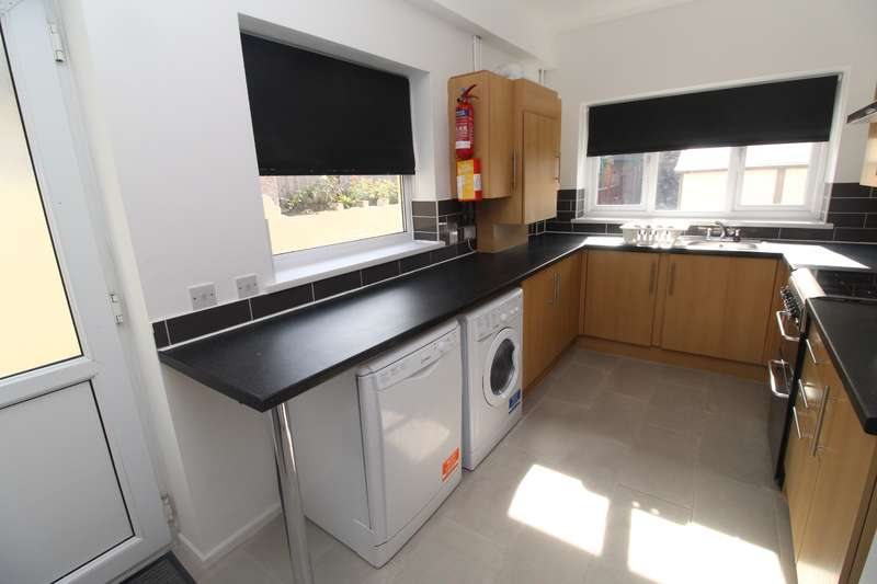 6 Bedrooms House for rent in Allensbank Crescent, Heath, Cardiff