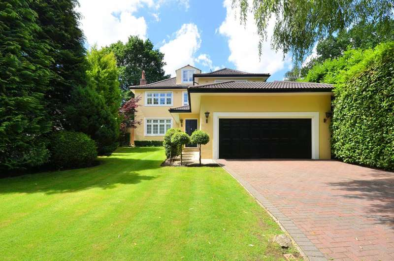 5 Bedrooms House for rent in Henley Drive, Coombe, KT2