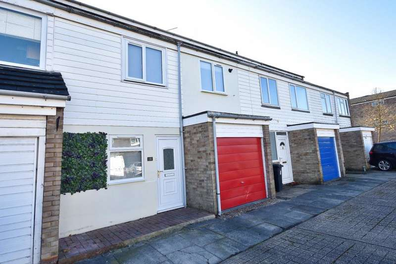 4 Bedrooms Terraced House for sale in Oakridge, Basingstoke, RG21