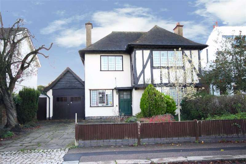 5 Bedrooms Detached House for sale in Hadley Highstone, Barnet, Hertfordshire