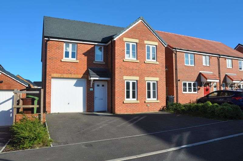 4 Bedrooms Property for sale in Foal Close, Andover
