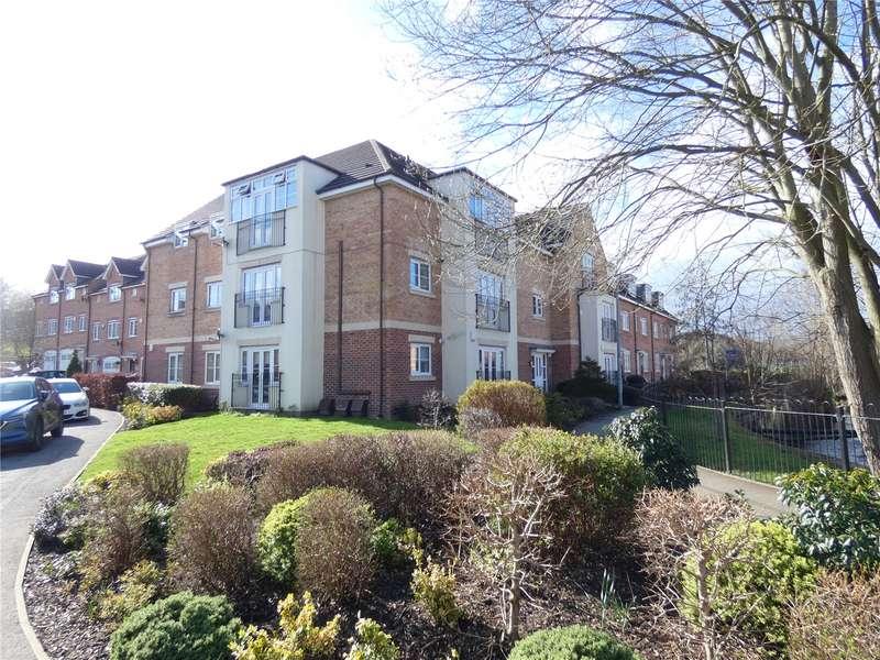 2 Bedrooms Apartment Flat for sale in Radulf Gardens, Liversedge, WF15