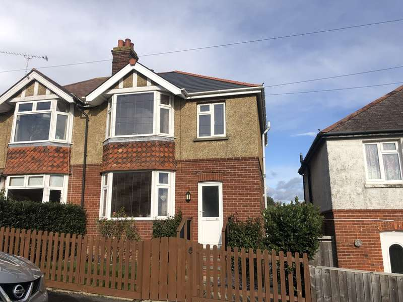 3 Bedrooms Semi Detached House for rent in Longmead Road, Ryde
