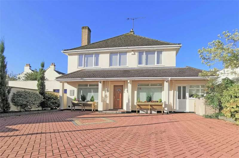 4 Bedrooms Detached House for rent in Priory Walk, Cheltenham, Gloucestershire