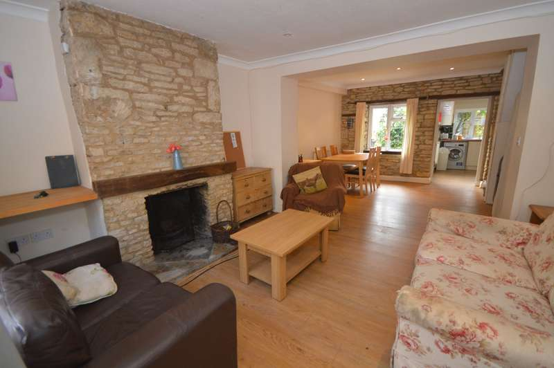 3 Bedrooms Terraced House for rent in Church Street, Cirencester