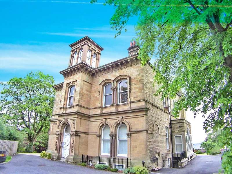 1 Bedroom Apartment Flat for rent in Bremen House, 16 Edgerton Road, Edgerton, Huddersfield, HD1