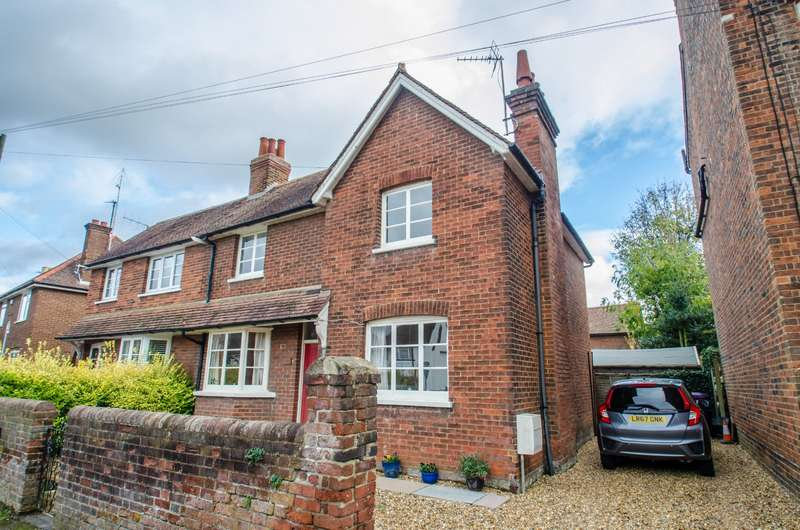 3 Bedrooms Semi Detached House for sale in Whinbush Road, Hitchin, Hertfordshire, SG5
