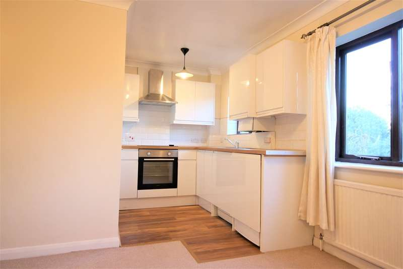 1 Bedroom Flat for rent in Rosecroft Court, The Avenue, Northwood