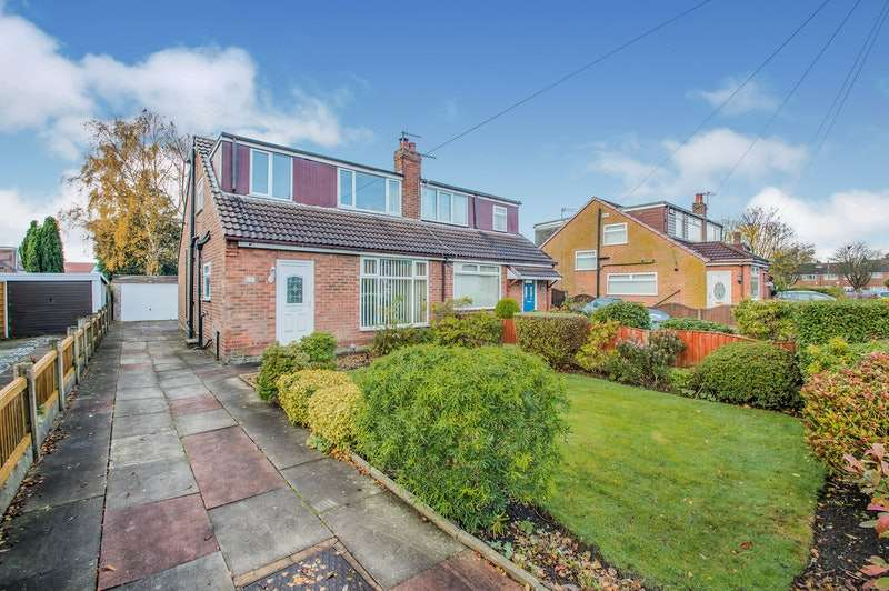 2 Bedrooms Semi Detached House for sale in Derwent Drive, Kearsley, Greater Manchester, BL4
