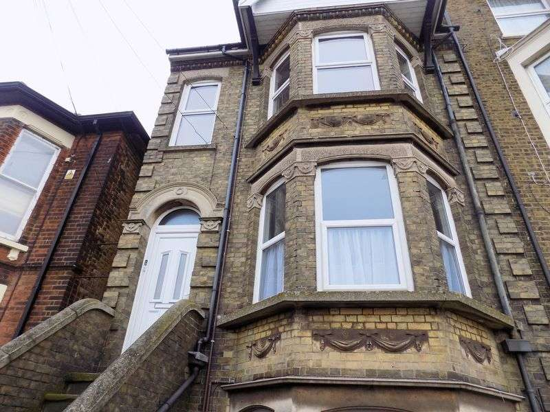1 Bedroom Property for rent in Marine Parade, Sheerness