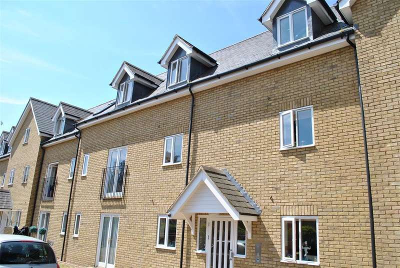 2 Bedrooms Apartment Flat for rent in Stamford Yard, Royston
