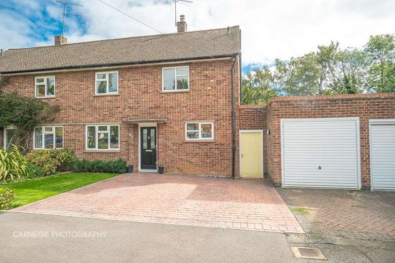 3 Bedrooms Semi Detached House for sale in Fordwich Road, Welwyn Garden City