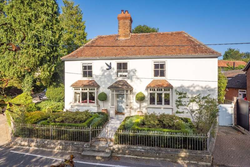 5 Bedrooms Detached House for sale in North Road, Great Yeldham