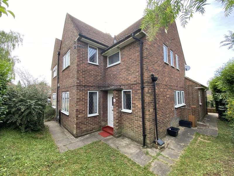 5 Bedrooms Semi Detached House for rent in Fox Lane, Winchester