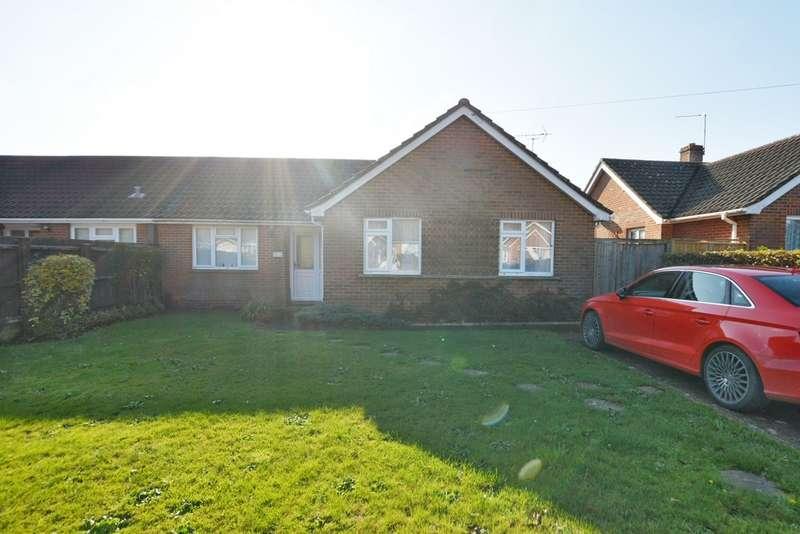 3 Bedrooms Semi Detached Bungalow for rent in Lockyers Drive, Ferndown