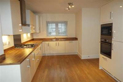 3 Bedrooms House for rent in Somerhill Green, Tonbridge