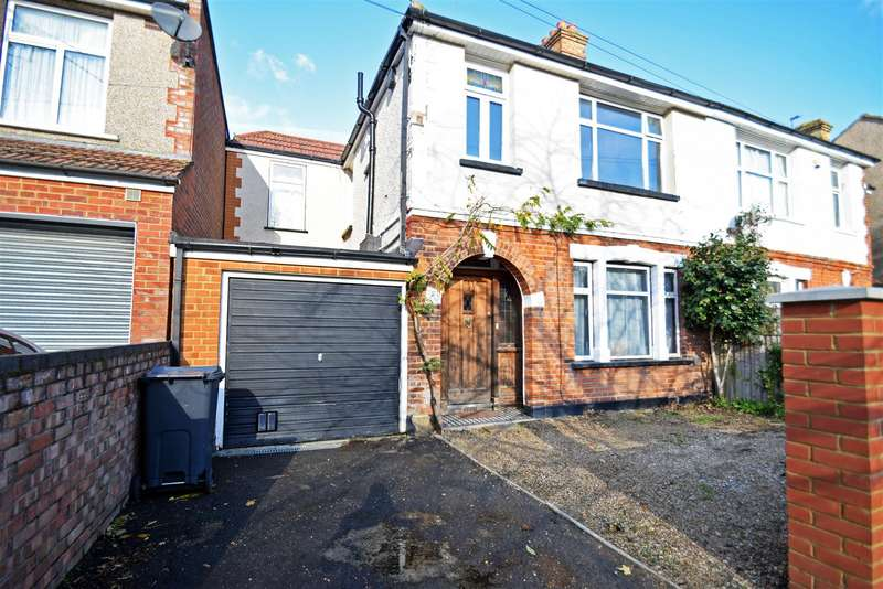 4 Bedrooms Semi Detached House for sale in Inwood Avenue, Hounslow