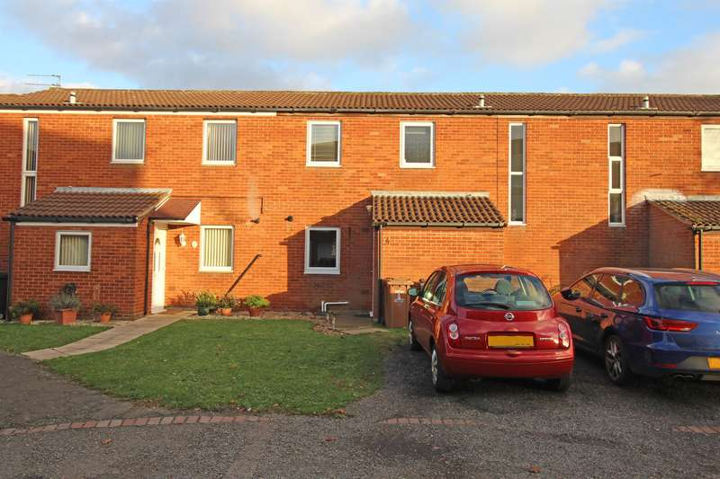 3 Bedrooms Terraced House for sale in Hopton Road, Stevenage, SG1 2LD